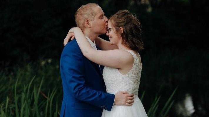 """Elsbeth en Niels: """"Binnen twee weken waren we getrouwd"""""""
