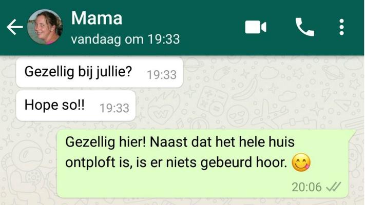 Ouders op WhatsApp: wanneer je ouders alleen maar emoticons sturen...