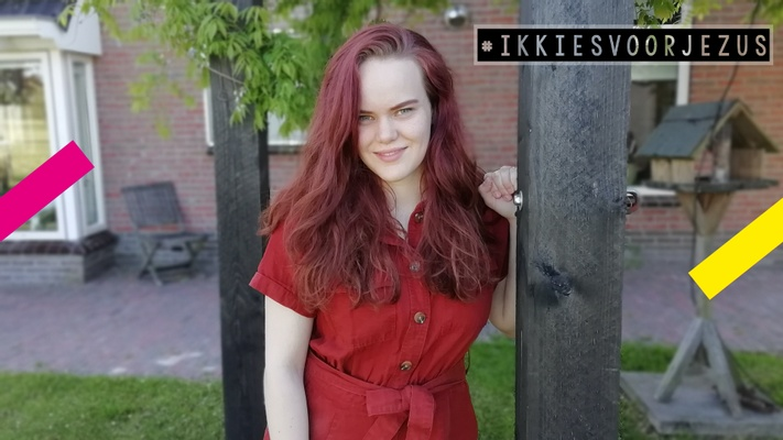 """Lotte (18) is biseksueel: """"Mijn seksualiteit zorgde voor een tweestrijd tussen God en mij"""""""