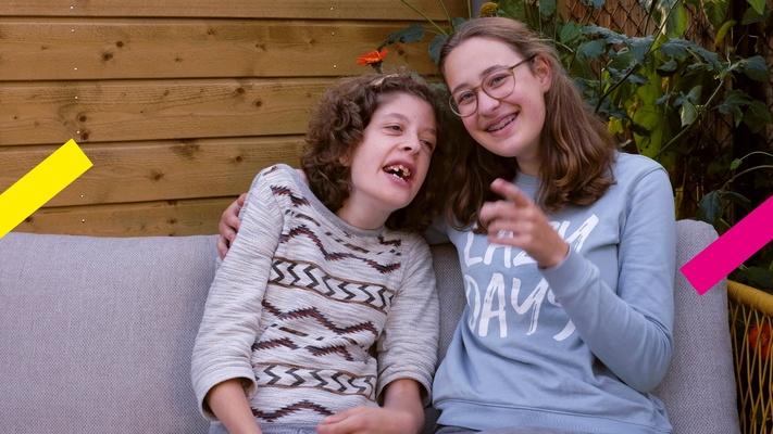 BROERS- EN ZUSSENDAG: Lotte (15) is mantelzorger voor haar oudere zus
